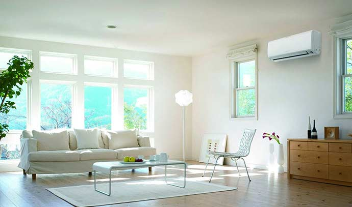 split-system-air-conditioning-in-lounge-room