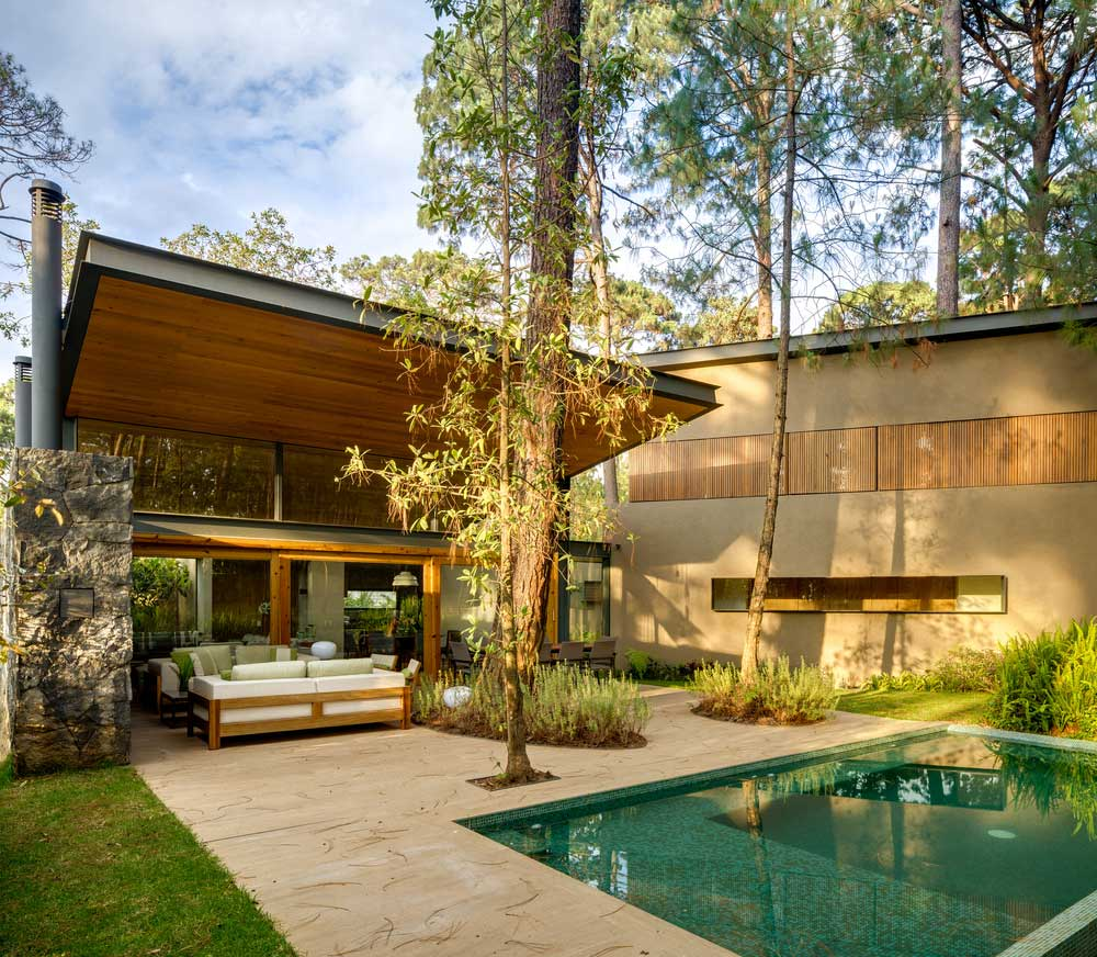 tress-shading-a-home-to-save-energy