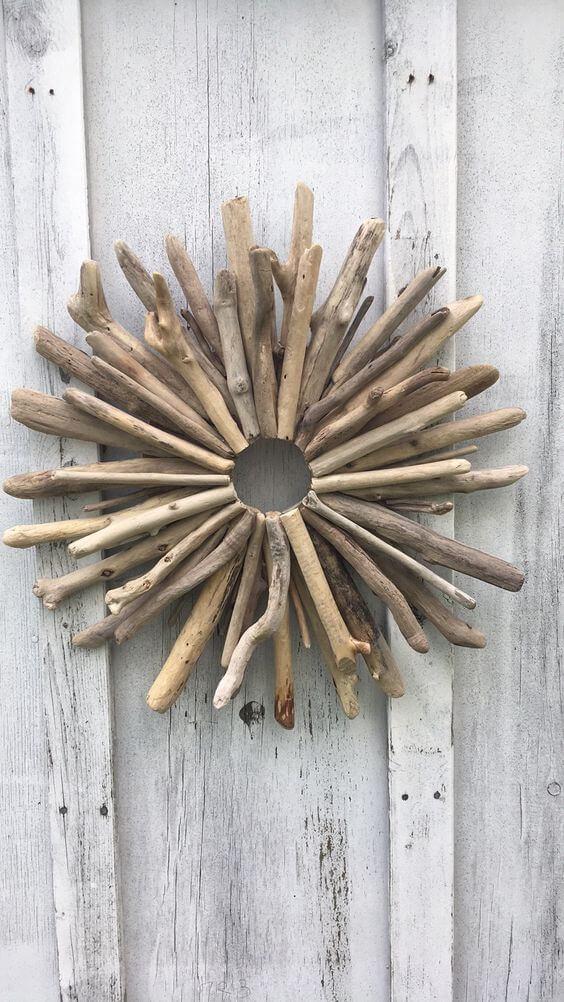 Classic Driftwood Wreath